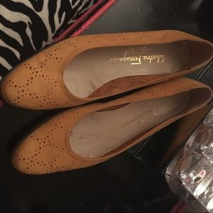 Salvatore ferragamo shoes size 6.5 like new